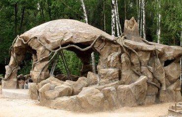 Беседка из камней и цементного раствора (фото №3)