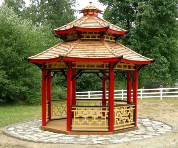 Беседка-пагода выдержит самые сильные проливные дожди