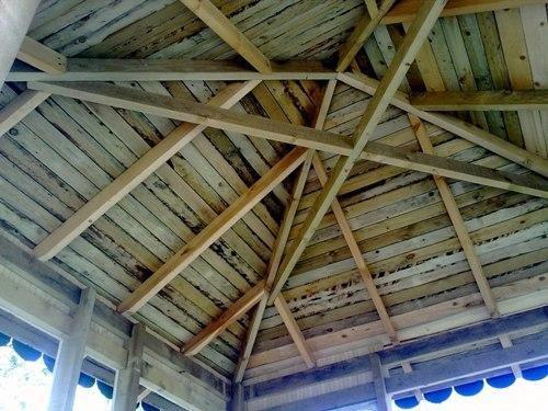 Четырехскатная крыша – задача для профессионала.