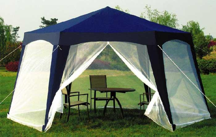 Если размеры участка не позволяют построить постоянную беседку, то можно установить шатер.
