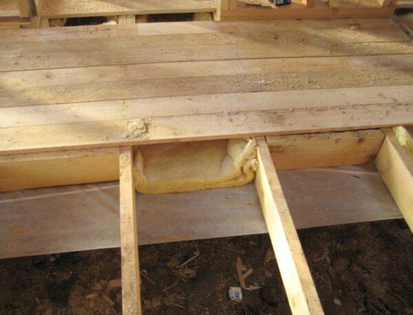 Одинарный деревянный пол