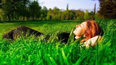 Законный отдых после тяжелой работы в огороде