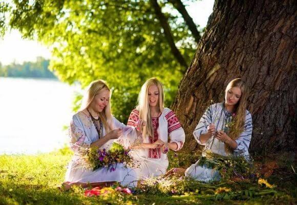 Устраиваем пикники в Духов день