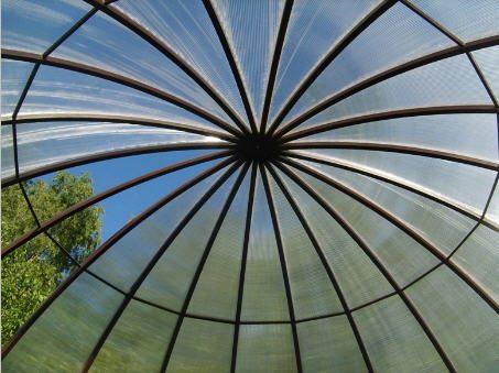 Из поликарбоната можно создать крыши любой конфигурации