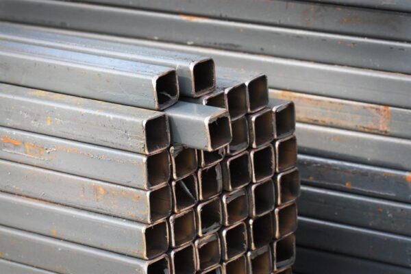 Квадратные трубы для сборки металлоконструкций