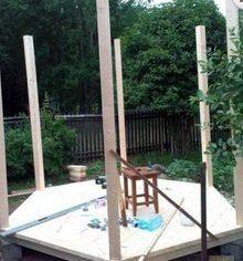 Монтаж несущих столбов фото