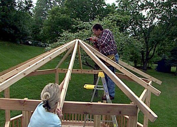 Монтаж стропил для крыши