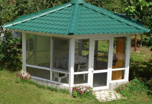 Почему бы и нет – стеклопакеты не только оказывается хороши на окнах и балконах