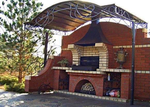 Профессионально построенное стационарное барбекю