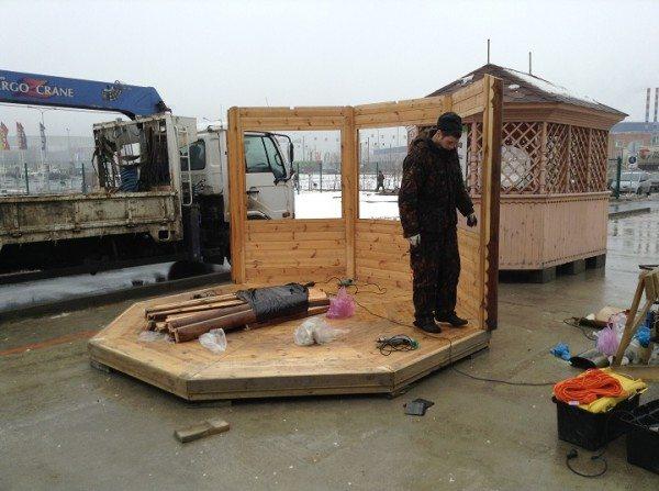 Беседка-гриль: видео-инструкция по монтажу своими руками, особенности финских домиков, построек с барбекю, для дачи, цена, фото