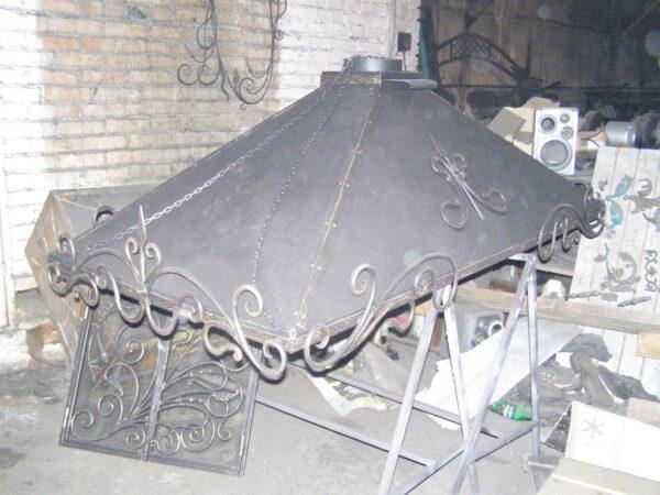 Сектора купола можно соединить болтами через накладные уголки.