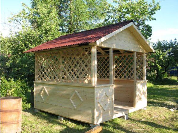 Украшение деревянного павильона собственноручно