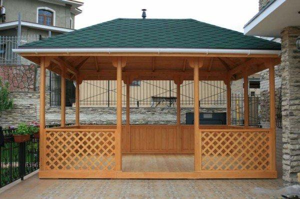 В качестве базового материала используется древесина.