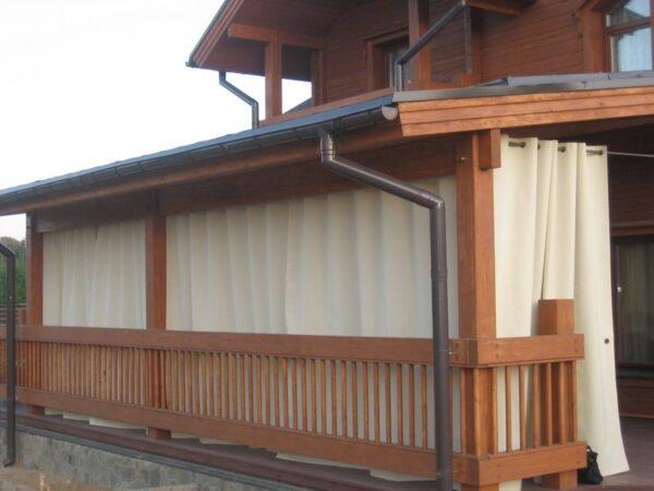 Акриловые занавески на террасе