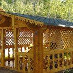Декоративные решетки из дерева для беседки