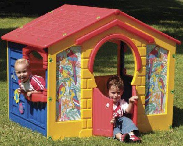 Игровой пластиковый домик