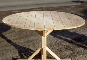 Как сделать круглый стол своими руками для беседки
