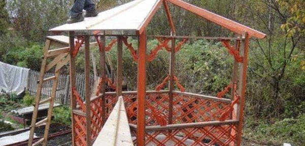 Крыша шестигранной беседки – обшивка вагонкой