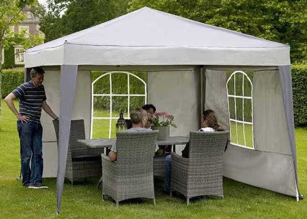 Одно из возможных решений - переносной шатер.